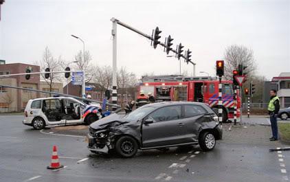 De weblog van Helmond » Zwaar ongeluk met politieauto