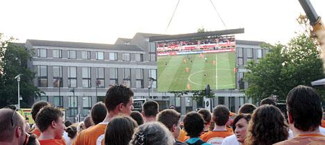 Helmond kijkt naar de WK-finale in 2010