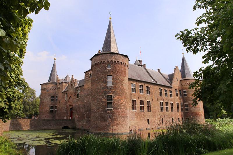 Chateau Vloeren Helmond : De we van helmond asbest gevonden op kasteelzolder